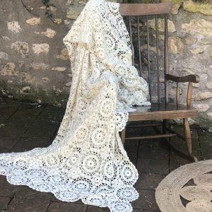Grand plaid vintage en tricot ivoire